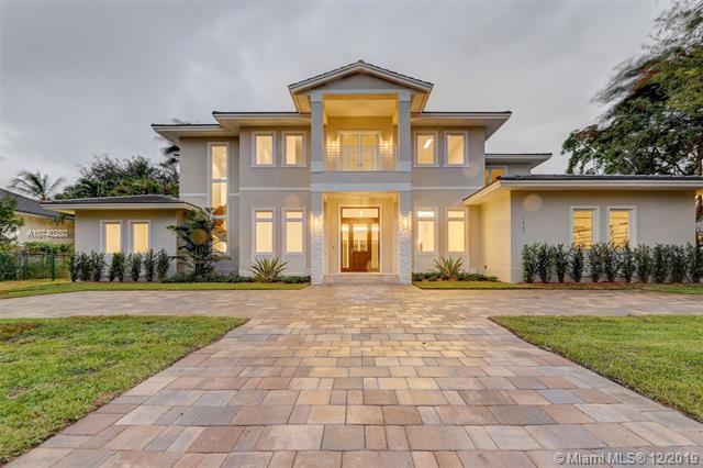 Pinecrest Mansion